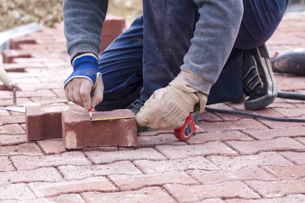 preparing and installing paver
