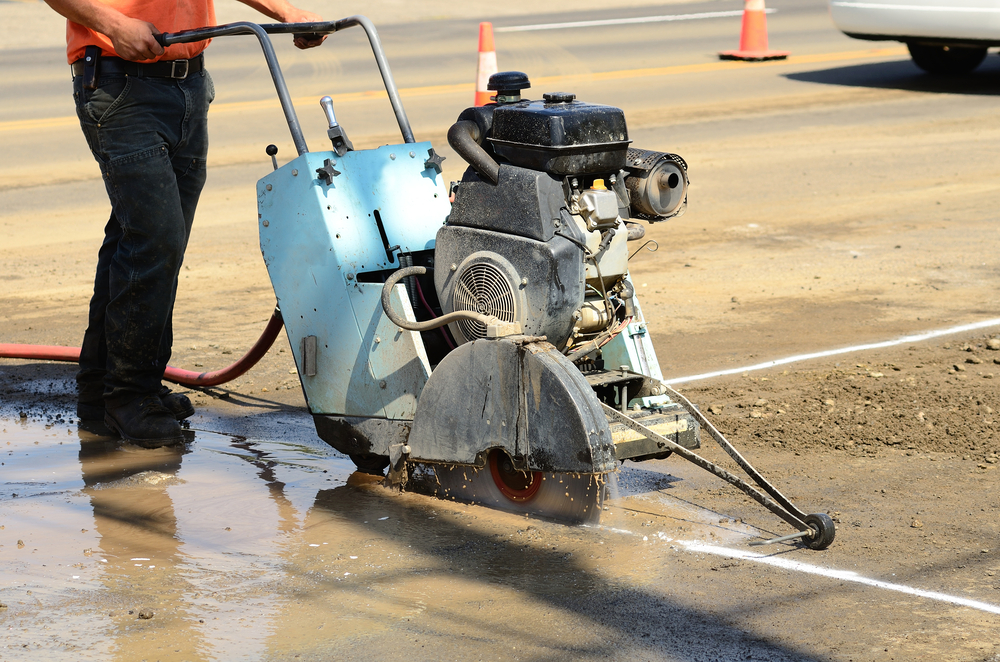Reducing Harmful Dust Emissions by Wet Cutting Concrete