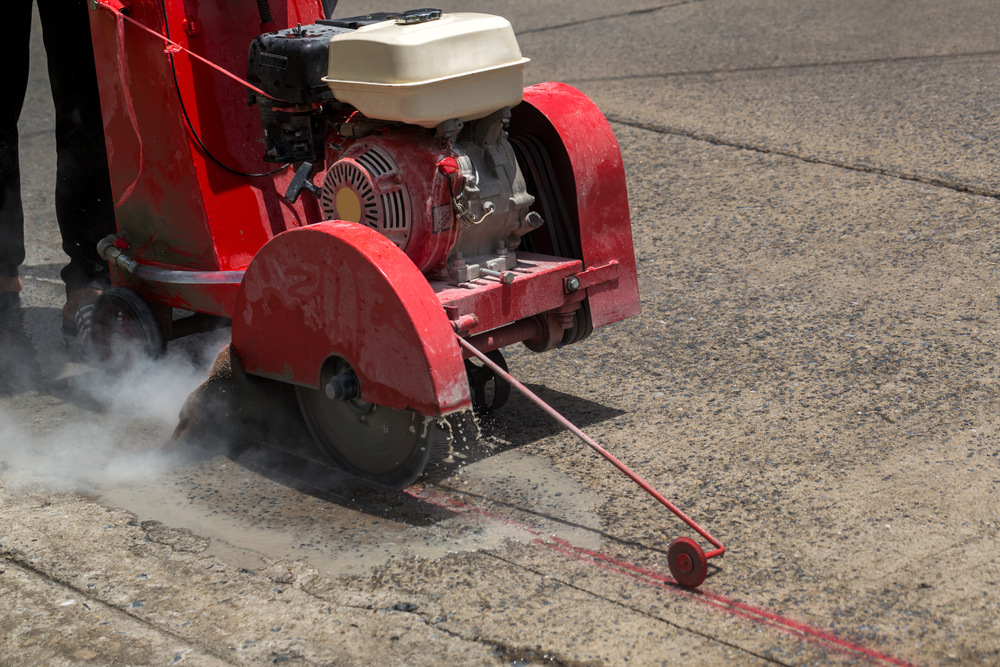 How Cut Straight With Concrete Saw